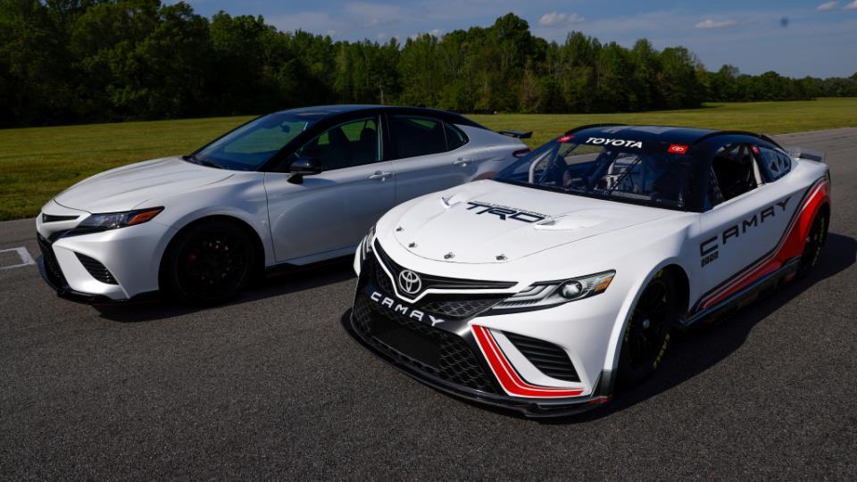 معرفی نسل جدید خودروهای مسابقات نسکار
