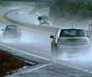 اصول مهم رانندگی ایمن و مطمئن در هوای بادی